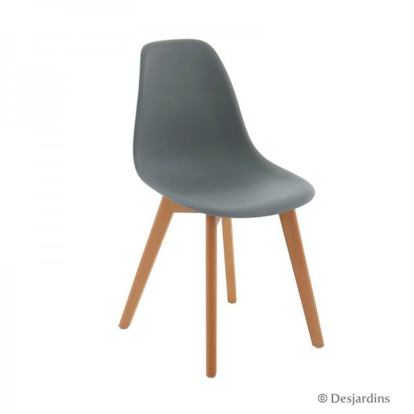Chaise scandinave desjardins for Chaise scandinave transparente